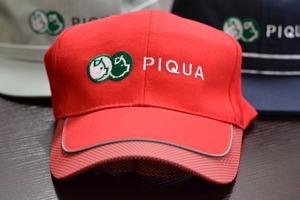 PIQUA帽子.JPG